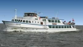 Bep Glasius boot naar Enkhuizen