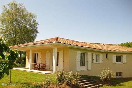 Vacation rental France, Haute-Garonne, Aurignac villa Les Quatre Saisons