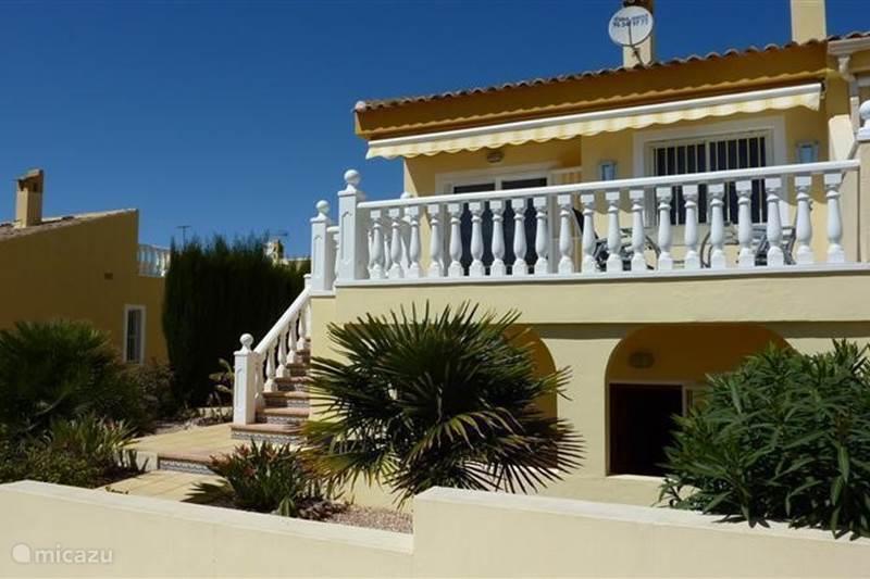 ferienhaus casa dorada in rojales costa blanca spanien mieten micazu. Black Bedroom Furniture Sets. Home Design Ideas