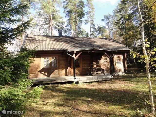 Vakantiehuis Zweden, Småland, Vägla (tussen Markaryd en Hallaryd) blokhut / lodge Houten blokhuis