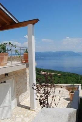 Comfortabel huis met adembenemend uitzicht op zee