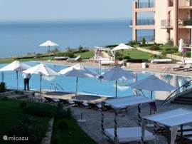 For lovers of sun, golf, delicious and affordable food in a luxury apartment complex Kaliakria beautiful with stunning views over the Black Sea.