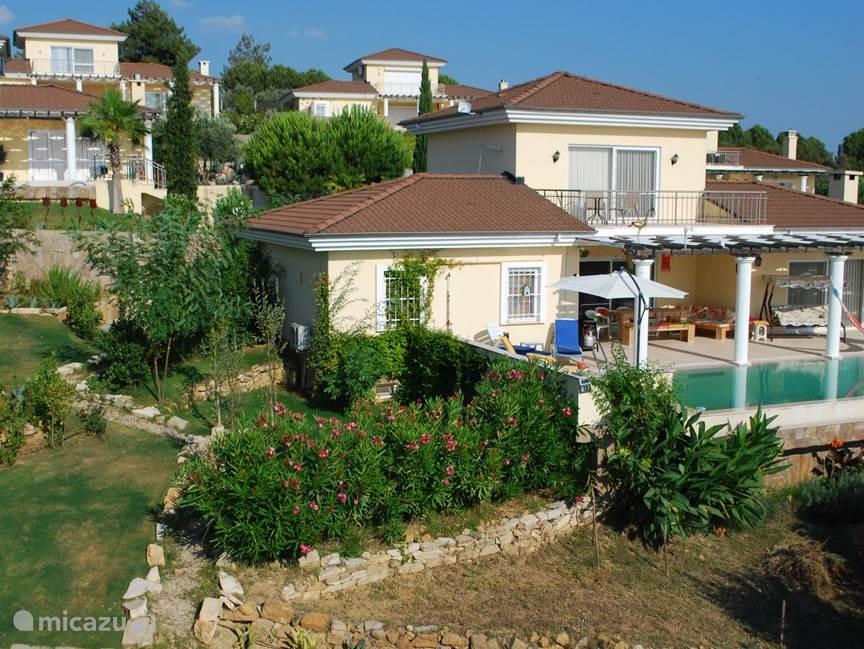 Vakantiehuis Turkije – villa Verrassend Turkije, Villa Welzijn